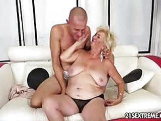 Granny Tamara wants some real action so she calls Tomi Hard to make her wish come true