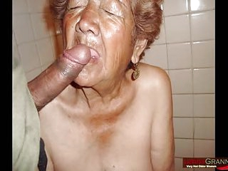 LATINA GRANNY Latinas are sucking cock