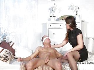 Blindfolded dude licks brunette mom