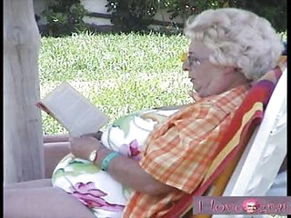 ILOVEGRANNY Old grannies getting fucked