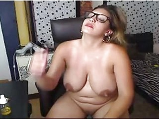 Curvy oily latina - Vol.2 WATCHFLUX.COM