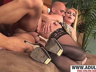 Crumb stepmom taylor wane wishes to fuck phat touching dad's ally