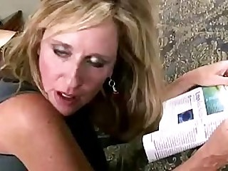 Jodi West seduce son