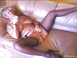 Granny gets cum dumped all over her mature face for the first time in her old life...