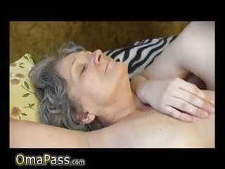 OmaPass amateur mature lesbians masturbating