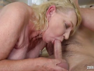 Hairy Blonde Mature Gets Nailed