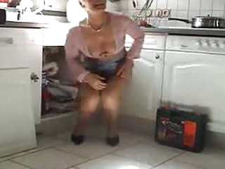 porno videos German milf seduce the repairman