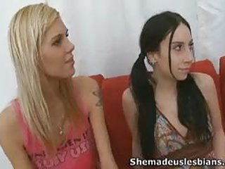 An older mature babe shows these two teen lesbos how to lick each other...