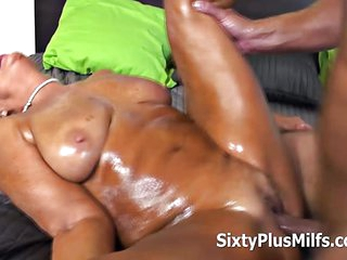 Sexy Mature Just Wants to Be Smashed
